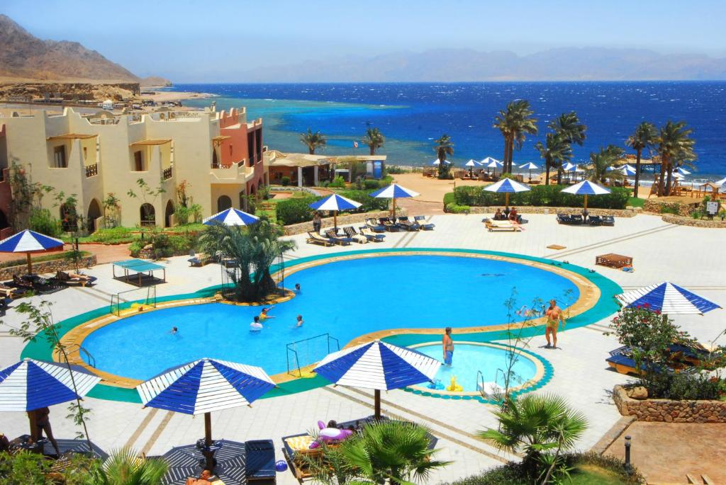 A view of the pool at Tropitel Dahab Oasis or nearby
