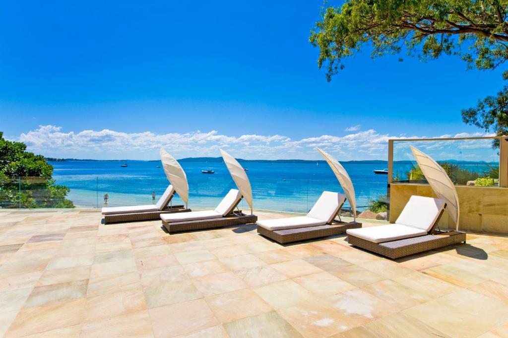 Amarna Luxury Beach Resort Nelson Bay Australia Booking Com