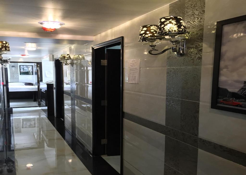 The lobby or reception area at Hotel Venus