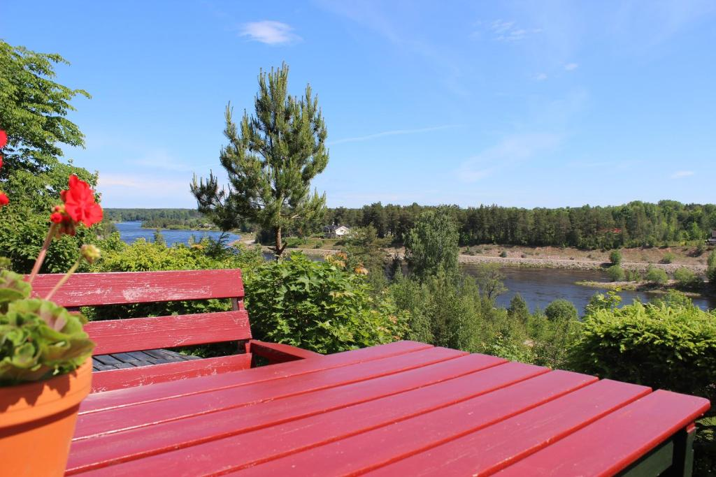 Top lvkarleby S Castles & Vacation Rentals | Airbnb