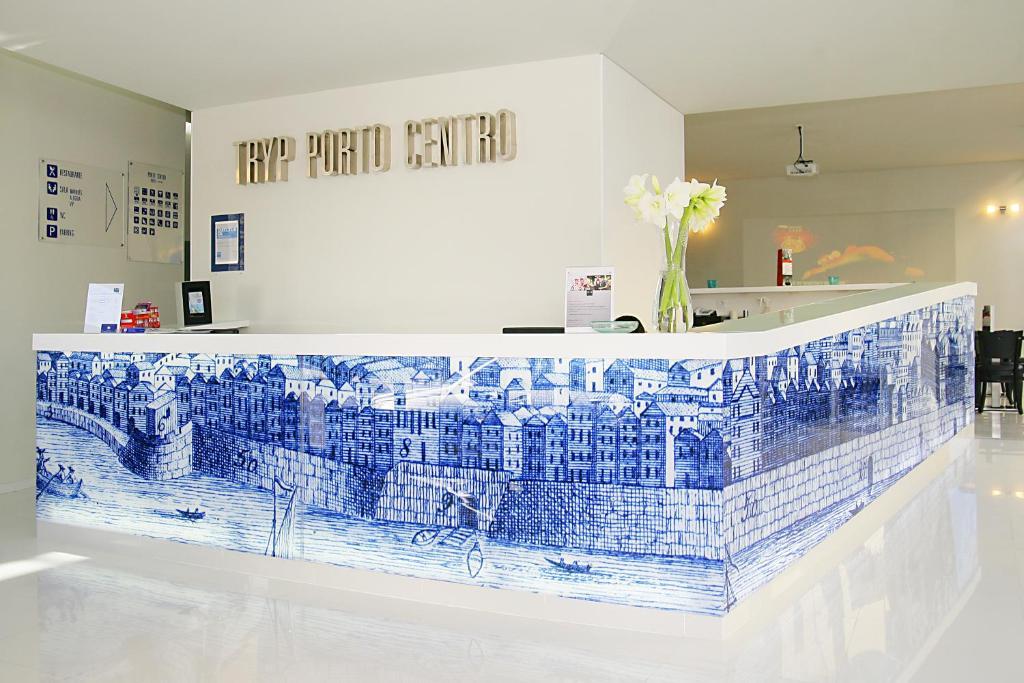 TRYP Oporto Centro Hotel