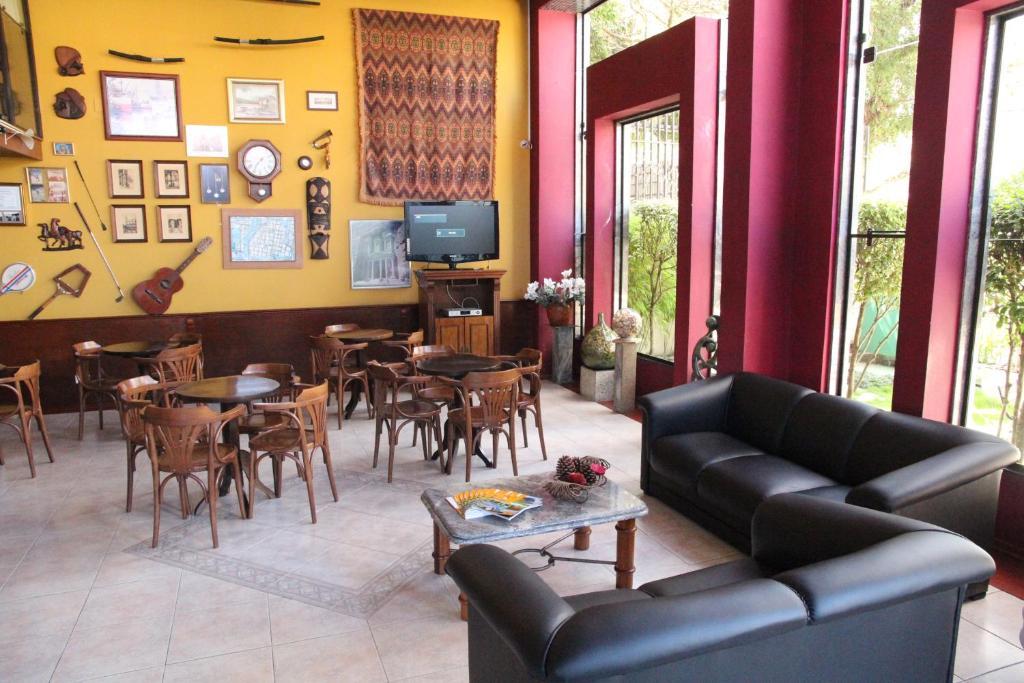 Um restaurante ou outro lugar para comer em Hotel Flat Petras Residence