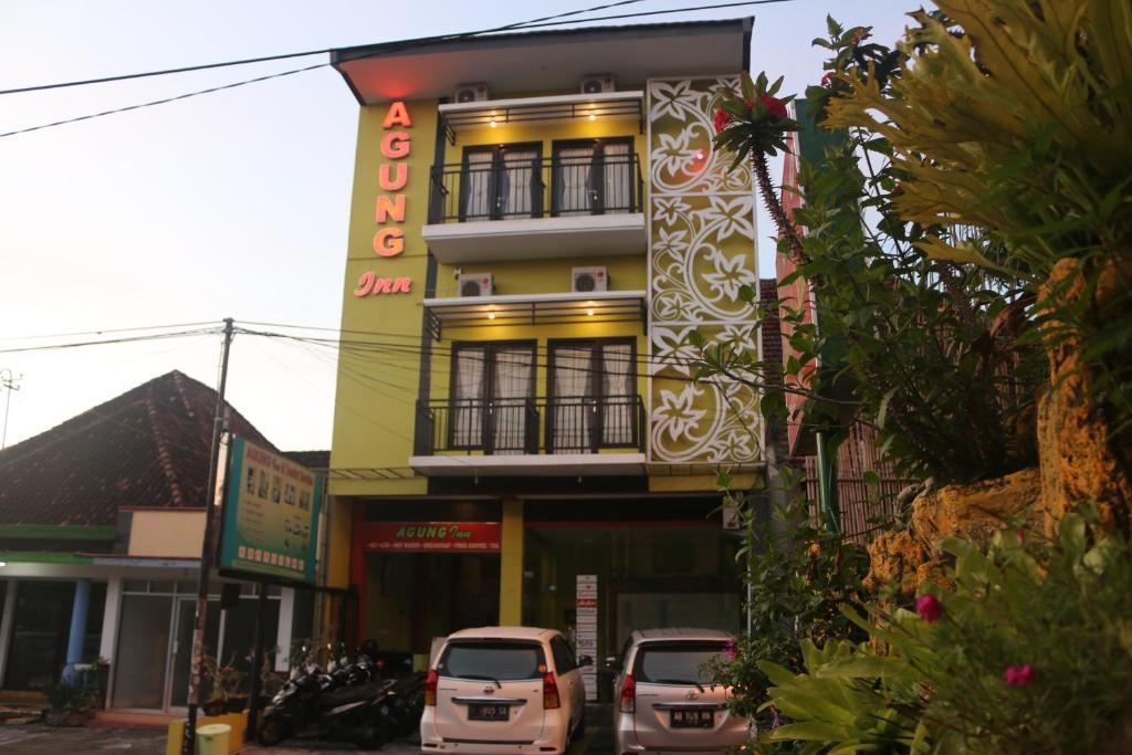 Façade ou entrée de l'établissement Agung Inn