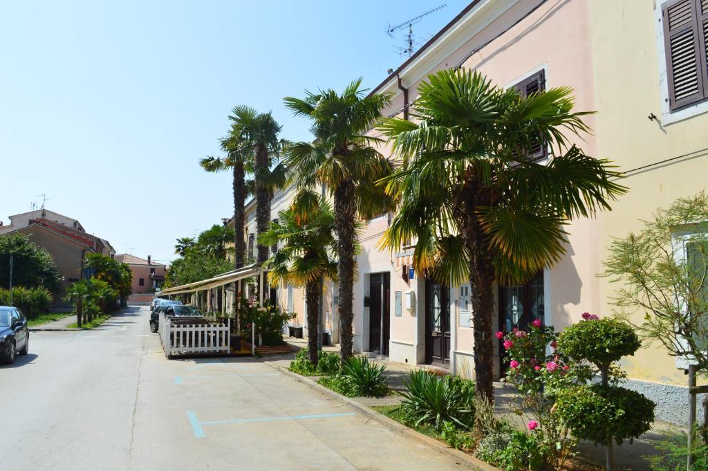 Apartment House Senna Porec Croatia Booking Com