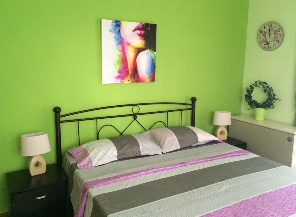 Ένα δωμάτιο στο Kalispera Apartment