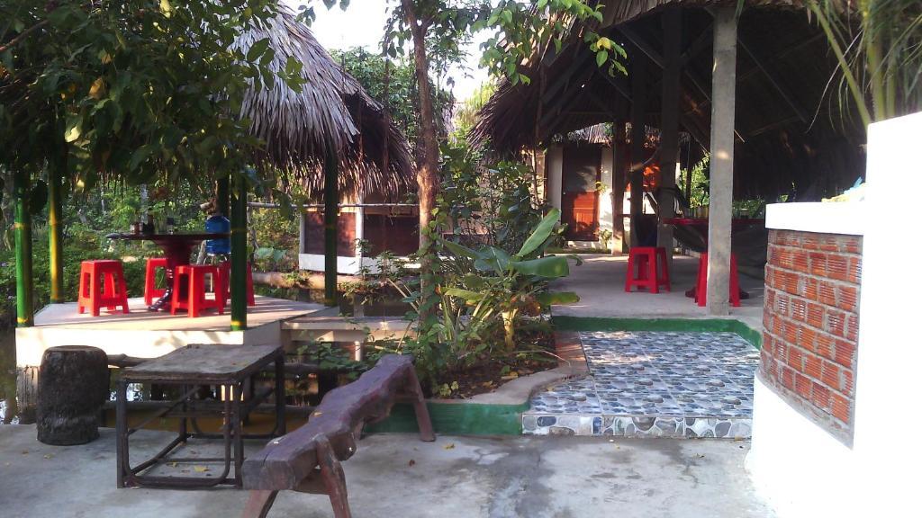 Sân trong/khu vực ngoài trời tại Hong Thai Homestay