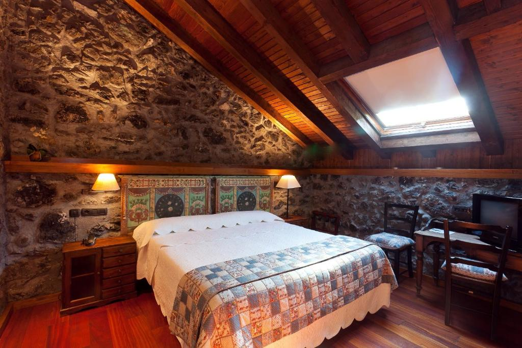 boutique hotels in etxebarria  13