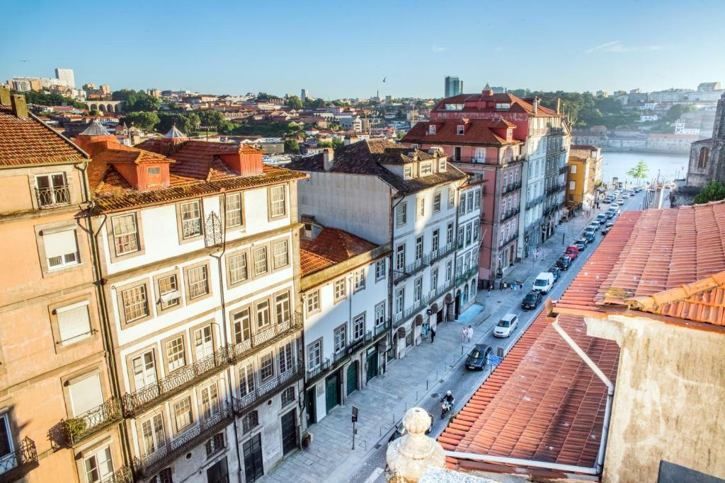 A bird's-eye view of The House Ribeira Porto Hotel - S.Hotels Collection