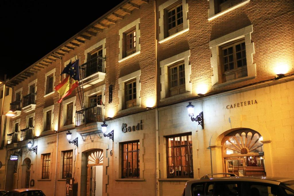 The facade or entrance of Hotel Gaudi