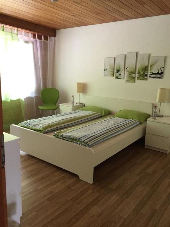 Ein Zimmer in der Unterkunft B&B Paradiesli