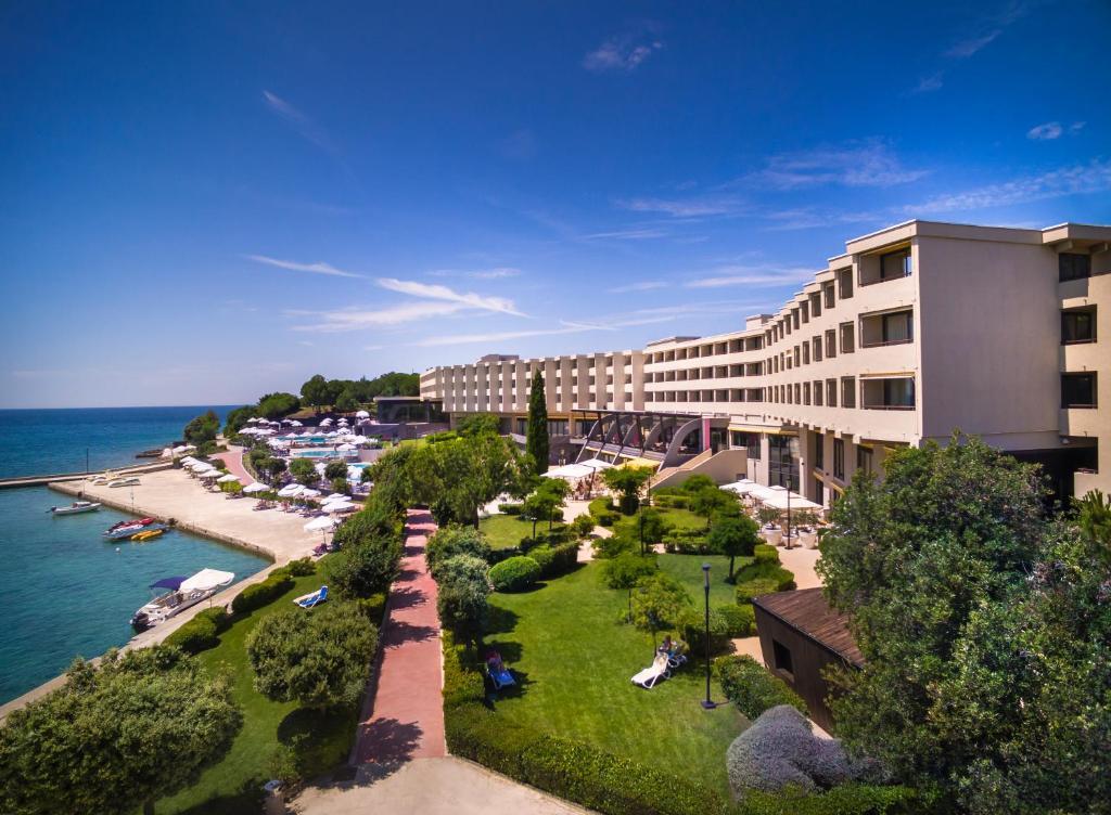 A garden outside Island Hotel Istra