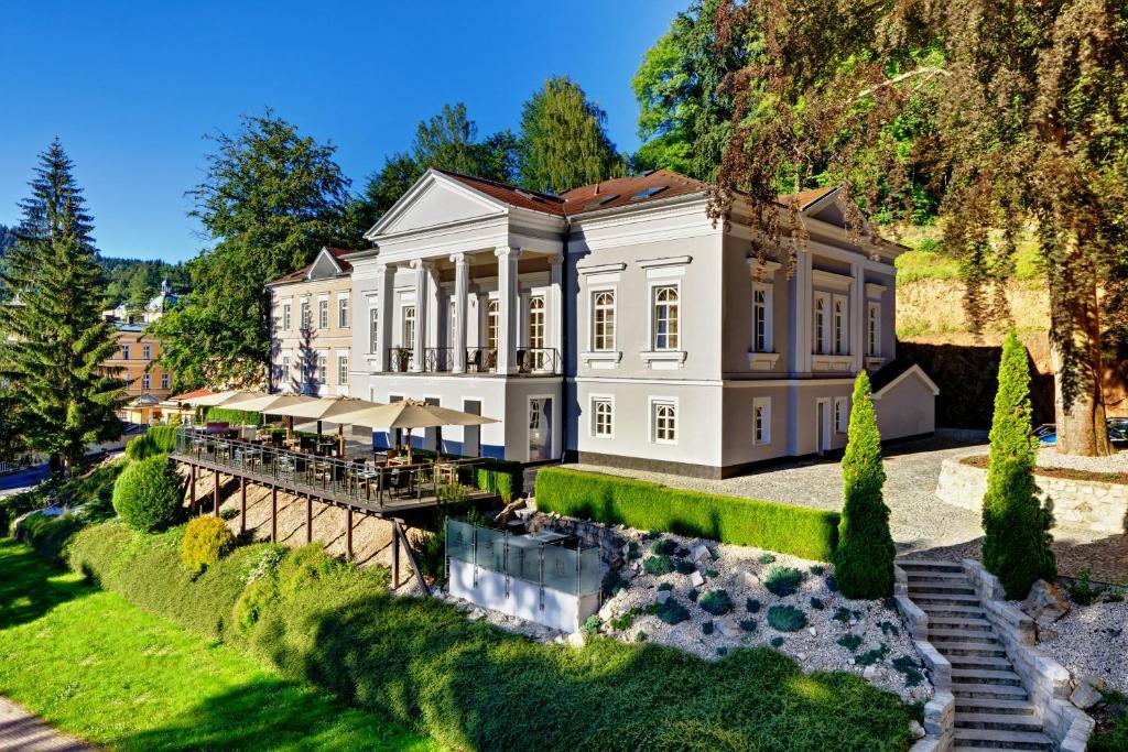 Jardin de l'établissement Gourmet Hotel Villa Patriot