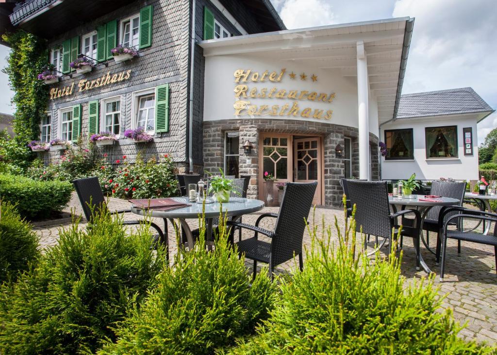 Een restaurant of ander eetgelegenheid bij Hotel Forsthaus