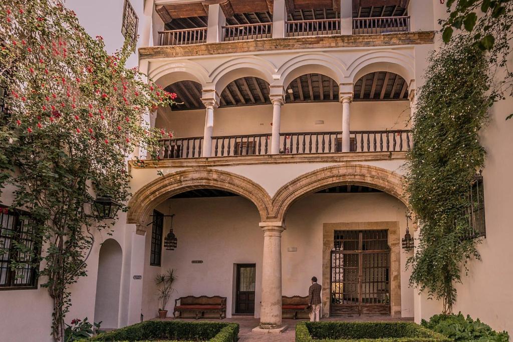 The facade or entrance of Las Casas de la Judería de Córdoba
