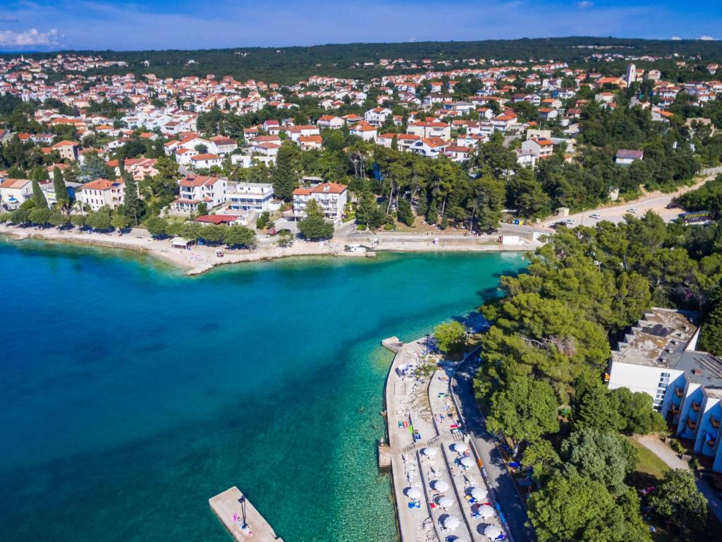 Хорватия город малинска фото