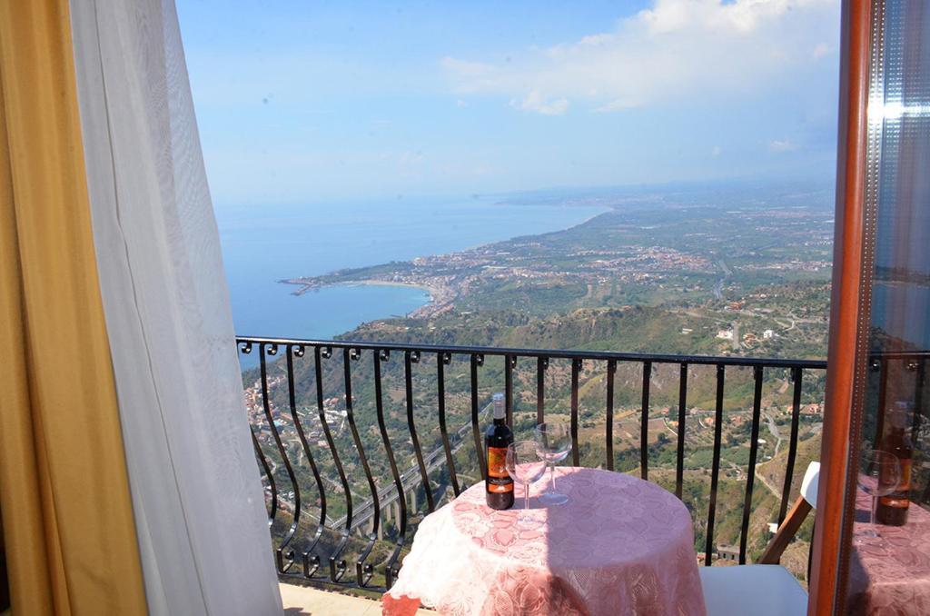 En balkon eller terrasse på B&B Casa Bellavista