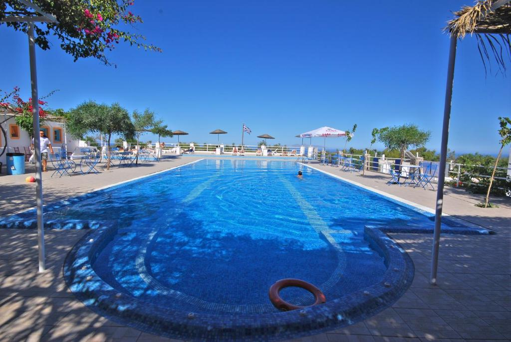 The swimming pool at or close to Santorini Hostel