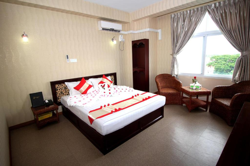 A room at Diamond Crown Hotel