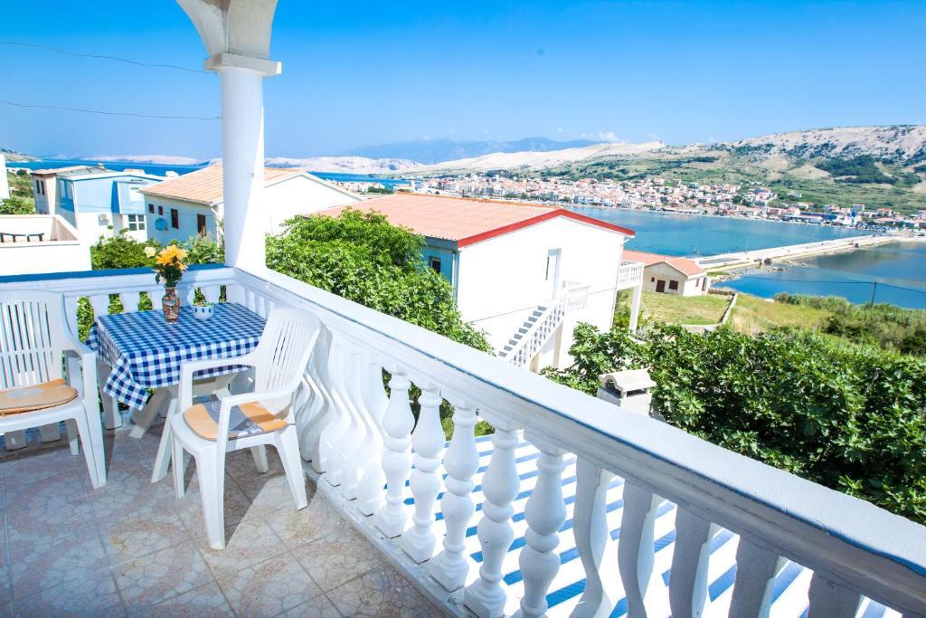 Un balcón o terraza de Apartments Toro
