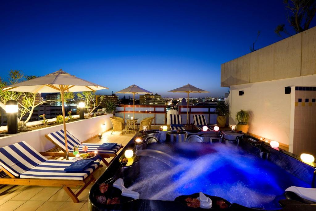 Hotel Seaside Sandy Beach, Playa del Ingles, Spain - Booking.com