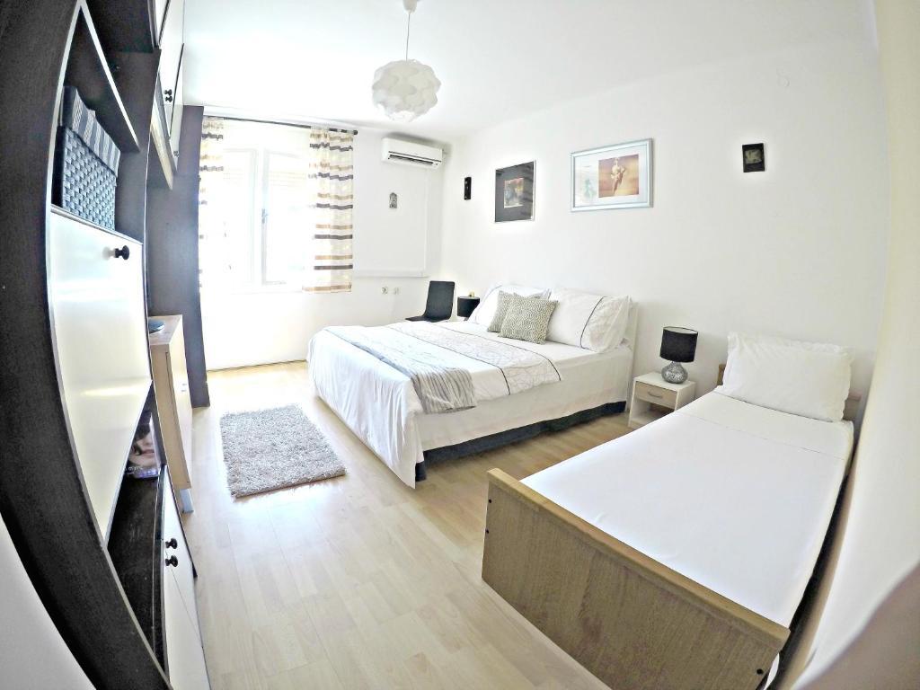 Um quarto em Comfortable in City Center
