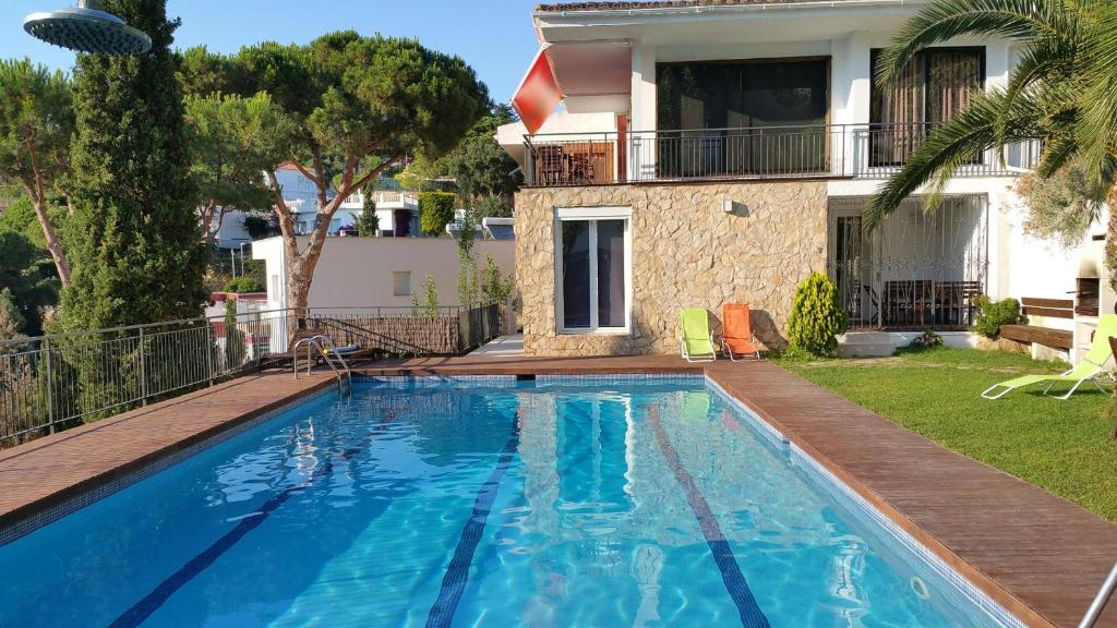 Villa Zen Cala Canyelles (España Lloret de Mar) - Booking.com