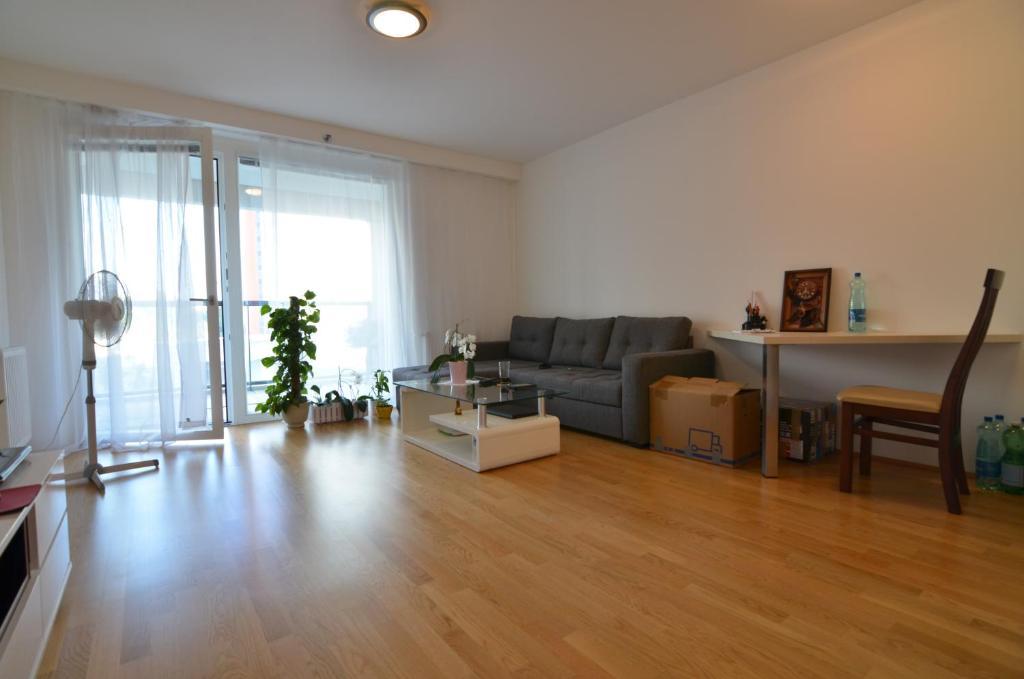 Een zitgedeelte bij Vienna DC Living Apartment with parking on premise