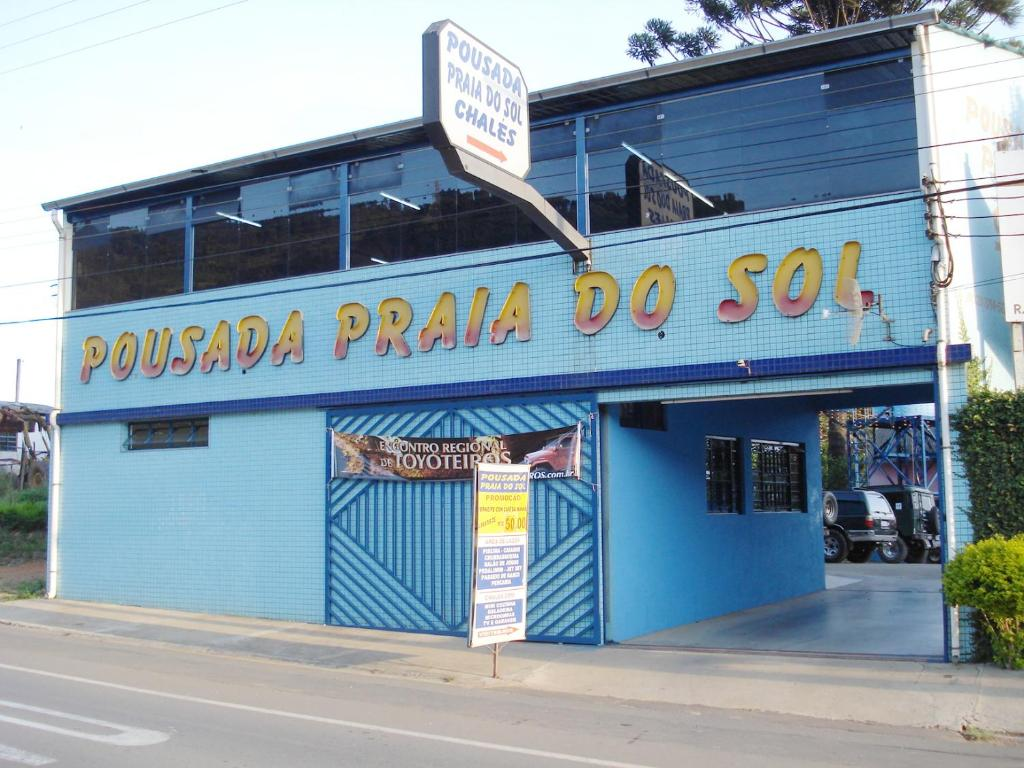 The facade or entrance of Pousada Praia do Sol
