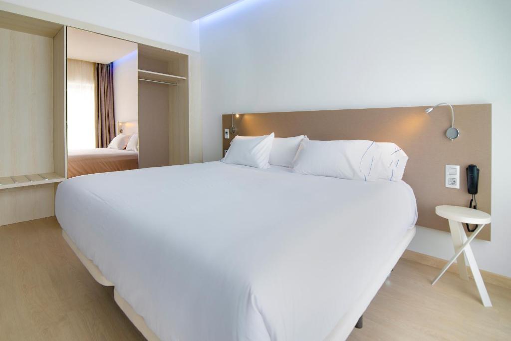 B&B Hotel Donostia Aeropuerto, Oiartzun, Spain - Booking.com