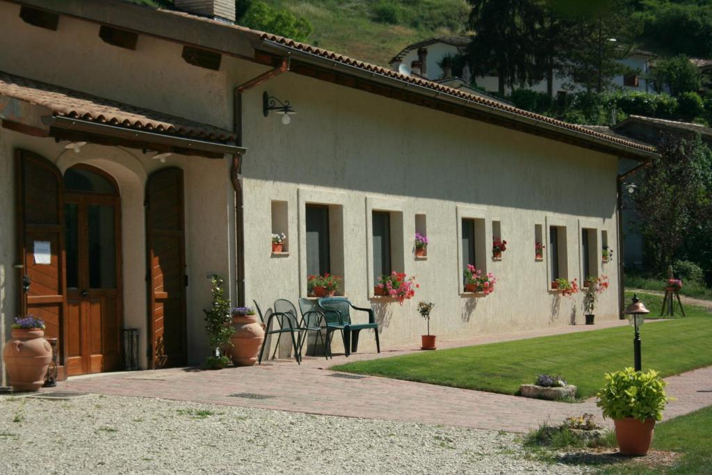 Azienda Agrituristica La Valle del Sambuco