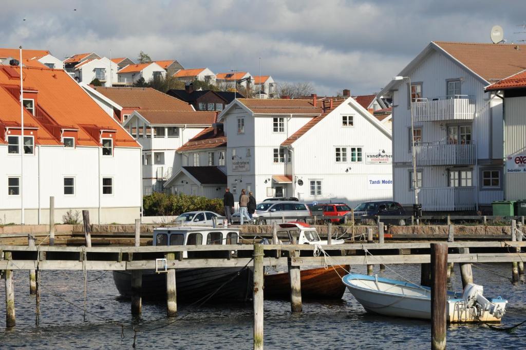 Nra strand och centrum - GREBBESTAD - Cabins for - Airbnb