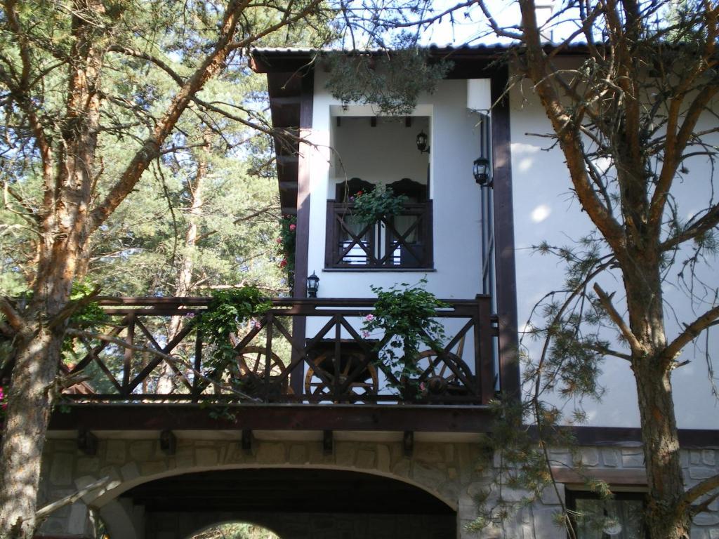 Фасада или вход на Къща За Гости Пигасос