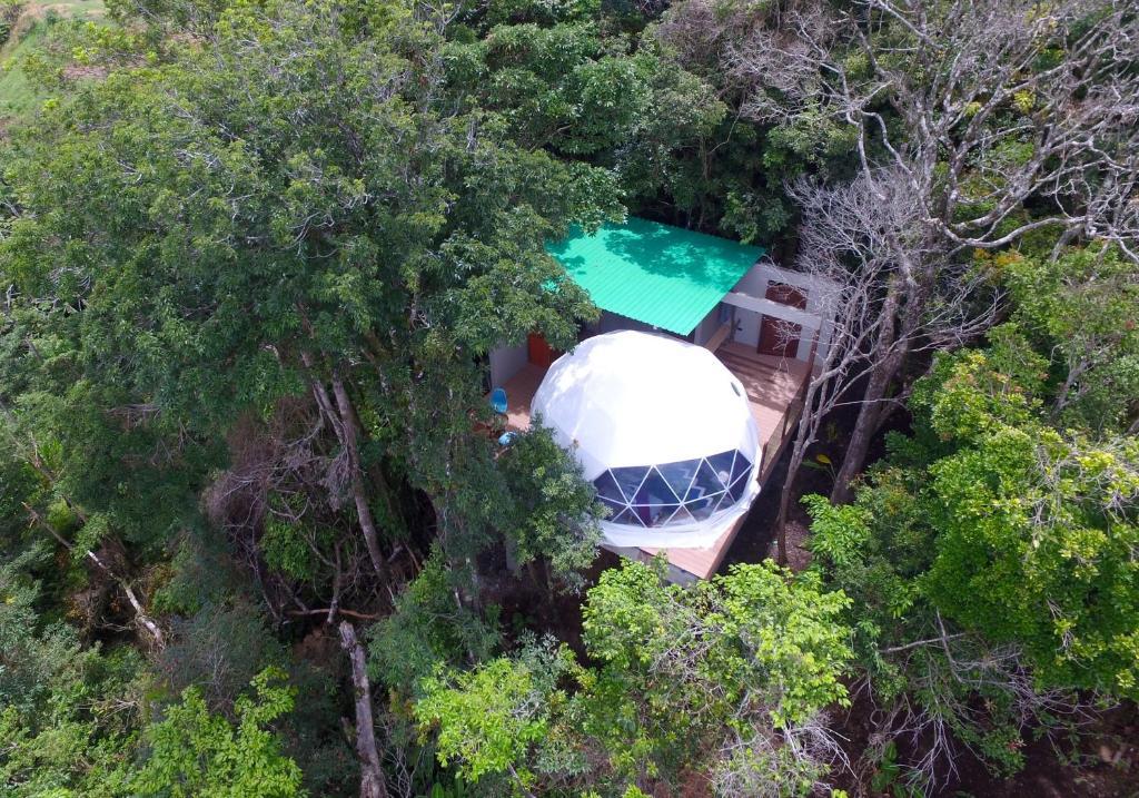 A bird's-eye view of Chira Glamping Monteverde