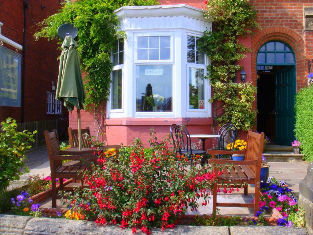 The facade or entrance of Streonshalh Bed & Breakfast