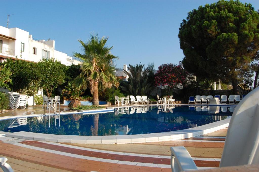 The swimming pool at or near Hotel Giardino Sul Mare