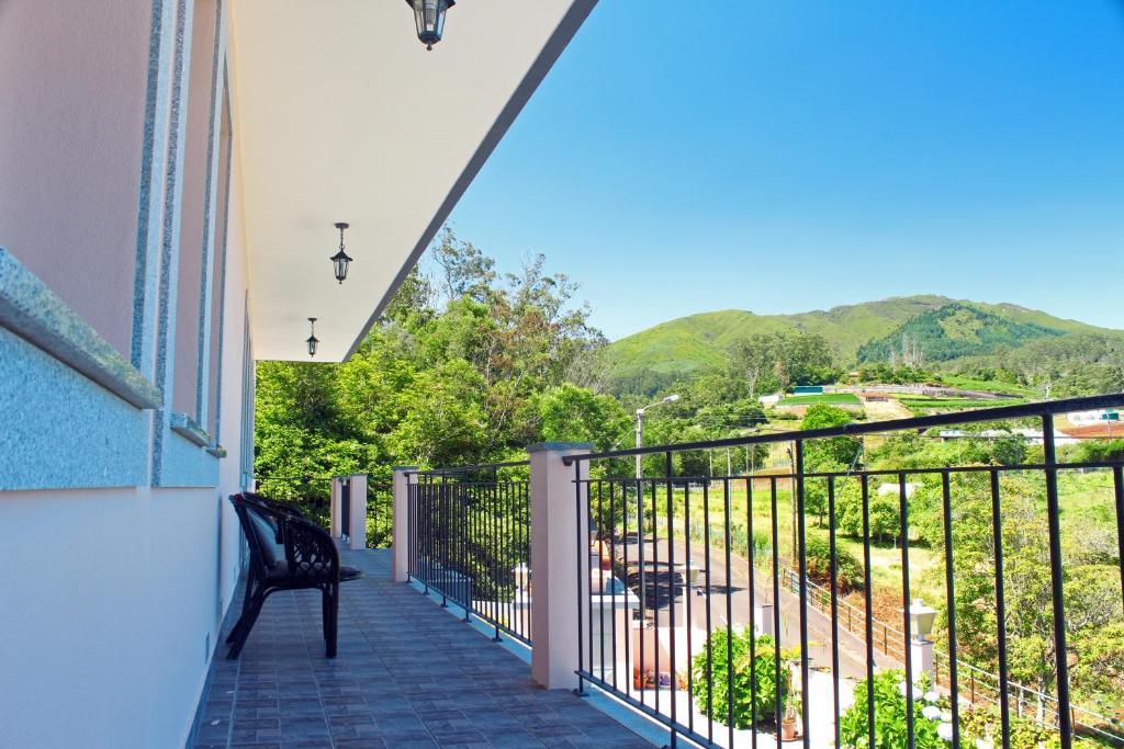 A balcony or terrace at Casa Os Manos