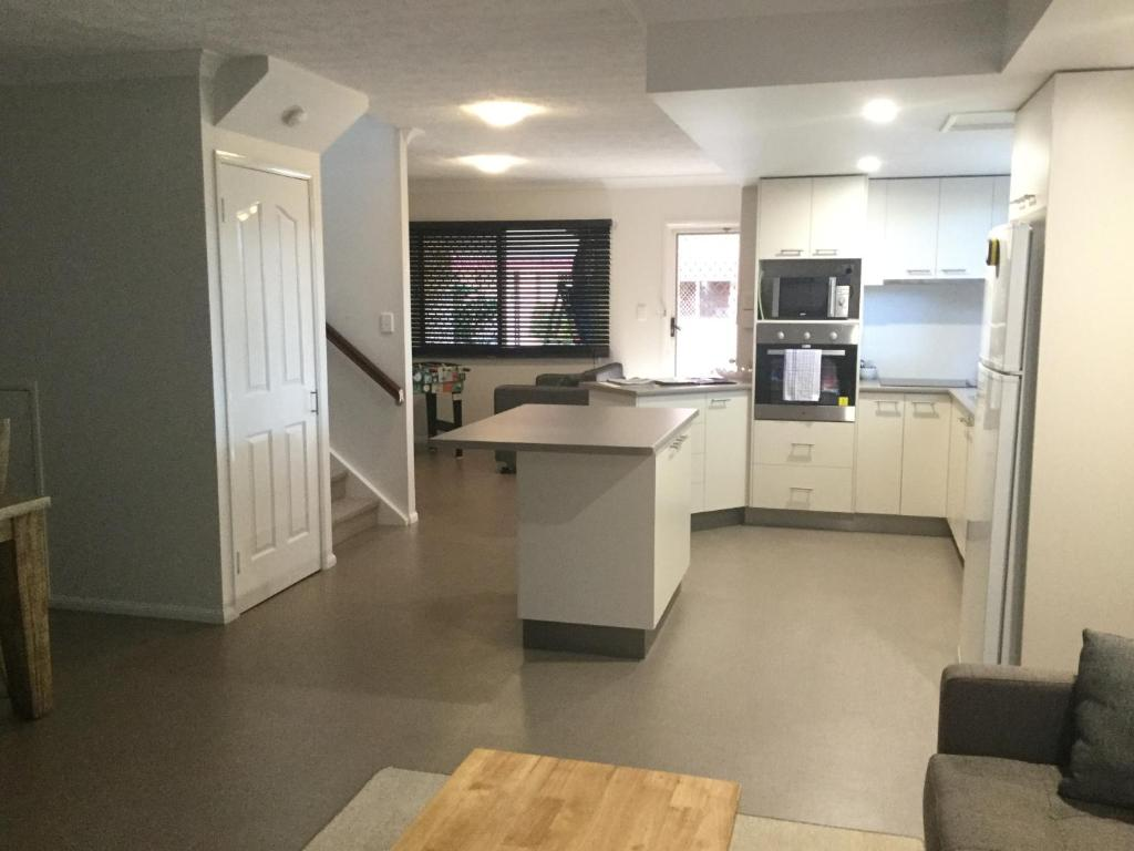 A kitchen or kitchenette at Club D