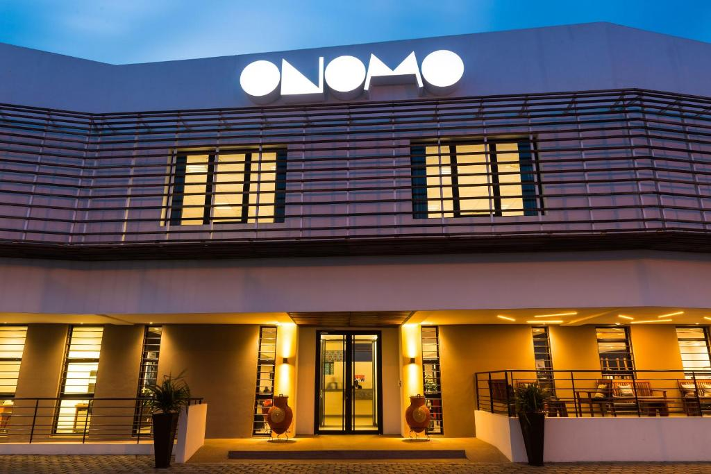 ONOMO Hotel Lomé tesisinin ön cephesi veya girişi