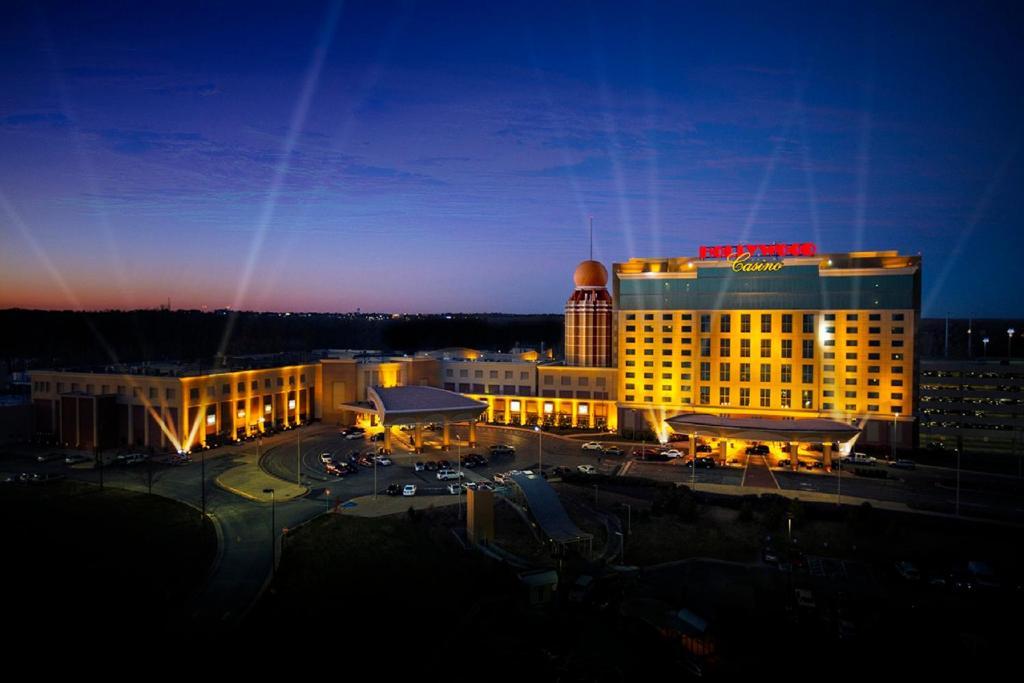 Hollywood Casino St. Louis, מרלינד הייטס – מחירים מעודכנים לשנת 2020