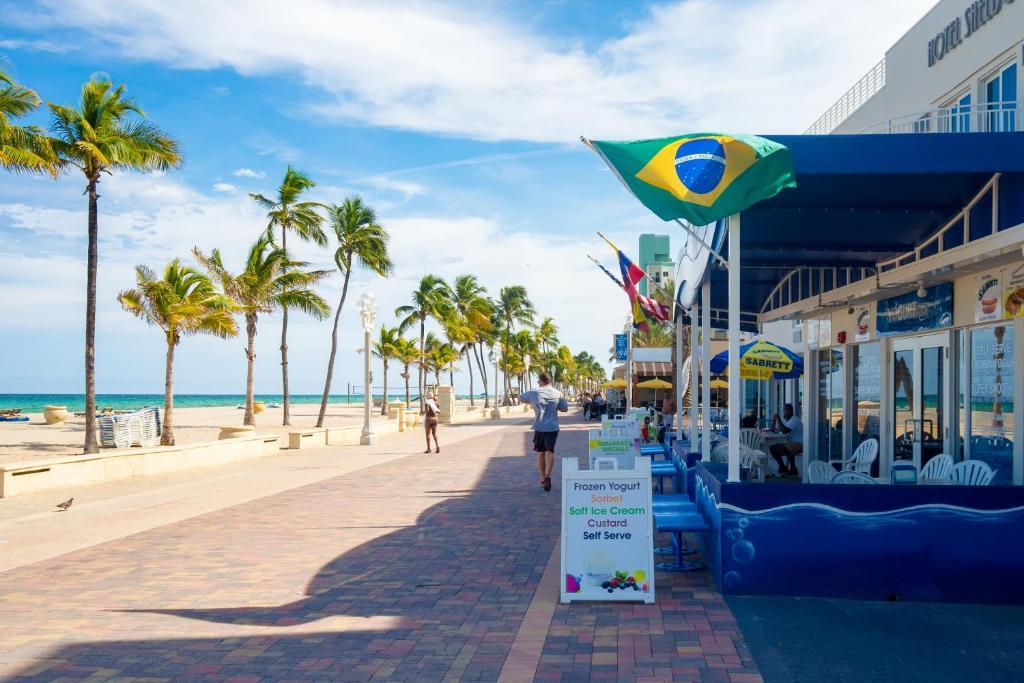 Caribbean Resort By The Ocean
