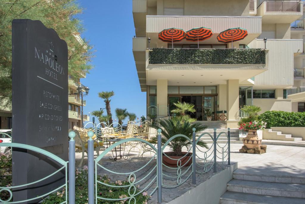 Hotel Napoleon Italia Cattolica Booking Com