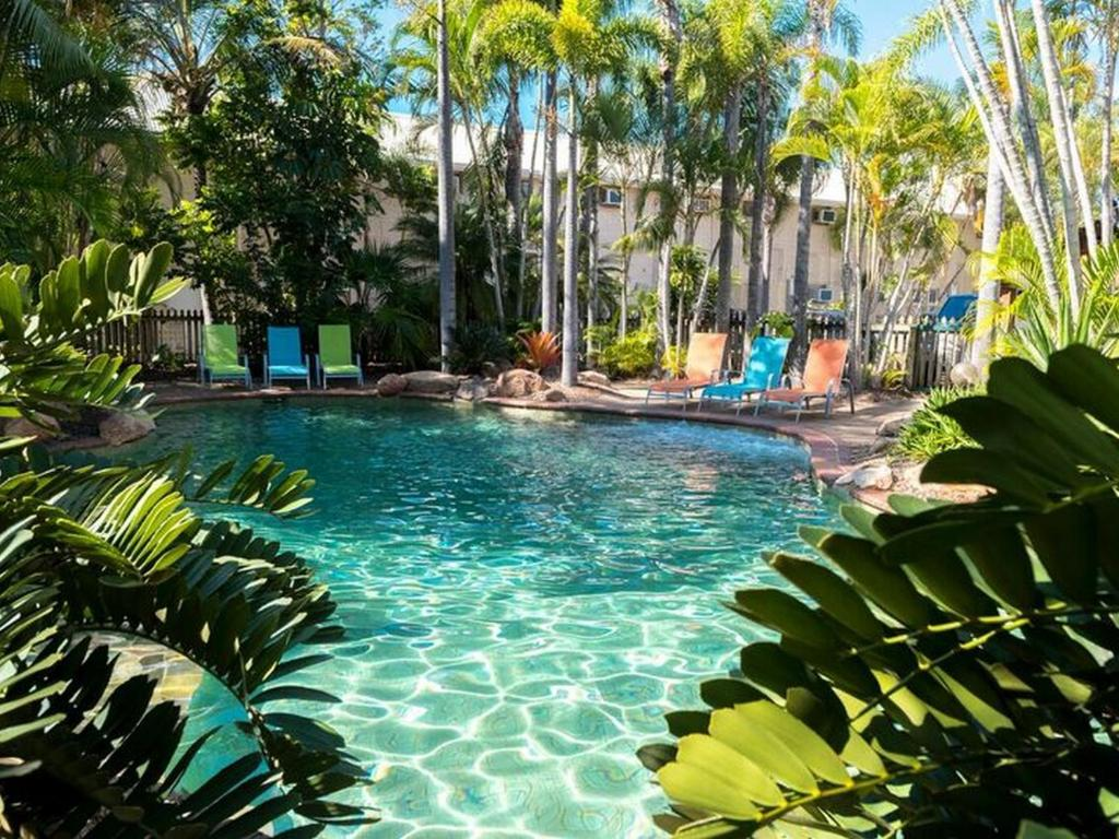 The swimming pool at or close to The Beach Motel Hervey Bay