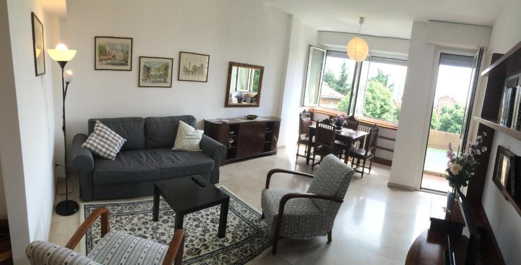 A seating area at Casa Carozzi - Carozzi Apartments