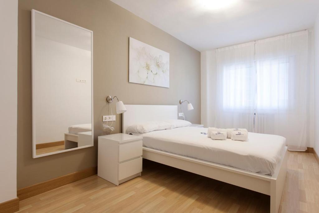 Ein Bett oder Betten in einem Zimmer der Unterkunft Zuhaitz - Basque Stay