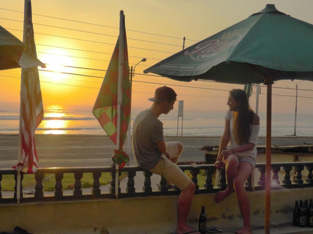 Lever ou coucher de soleil vu de l'auberge de jeunesse ou à proximité