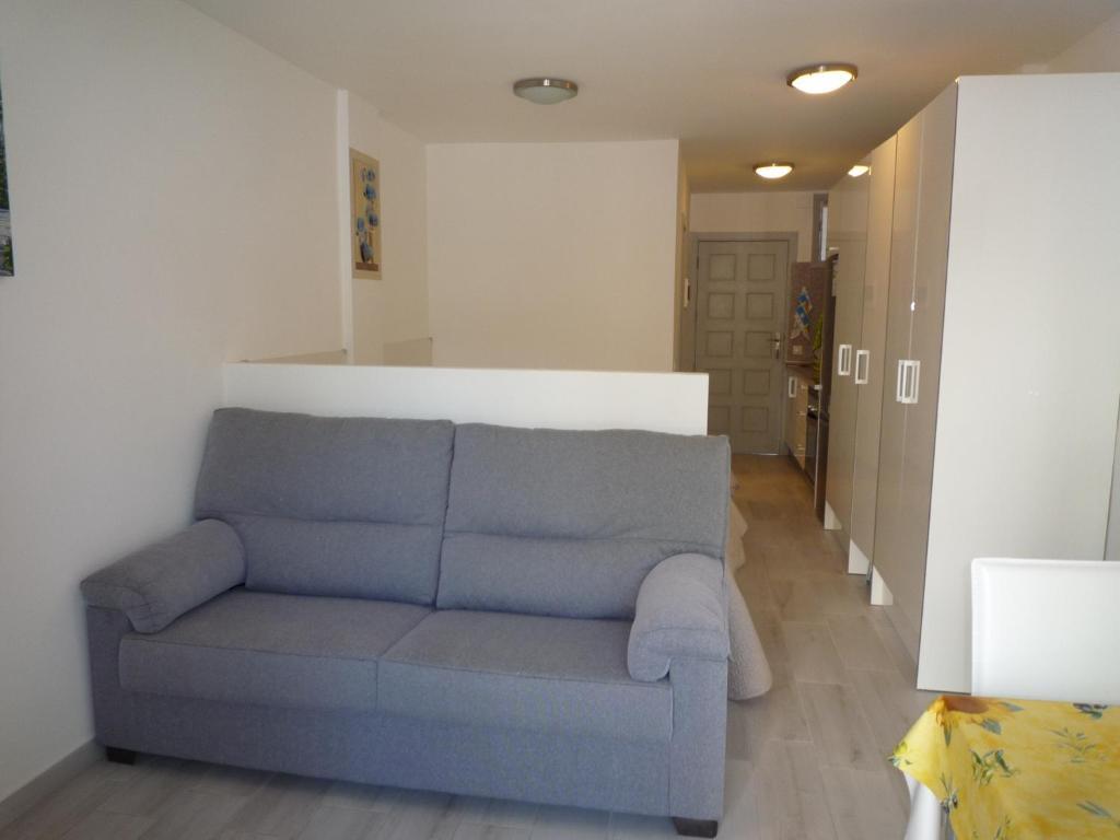 Phenomenal Apartment El Dorado Playa De Las Americas Spain Booking Com Cjindustries Chair Design For Home Cjindustriesco