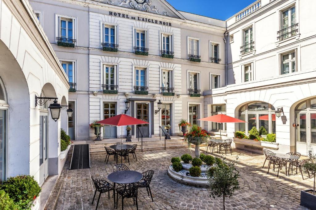 Aigle Noir Hotel Fontainebleau France Booking Com