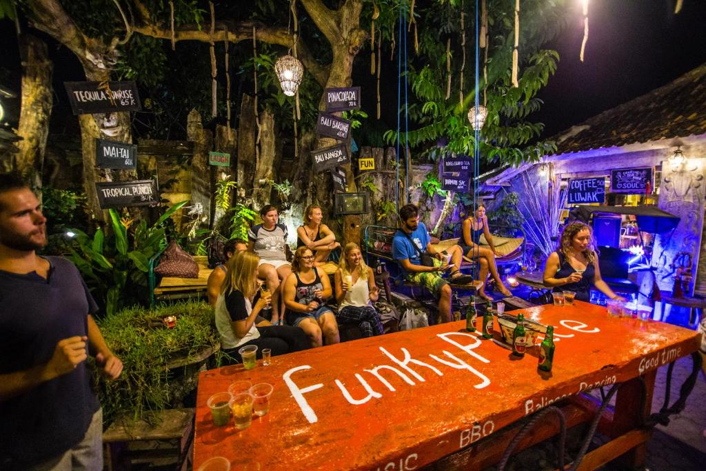Guests staying at Funky Place