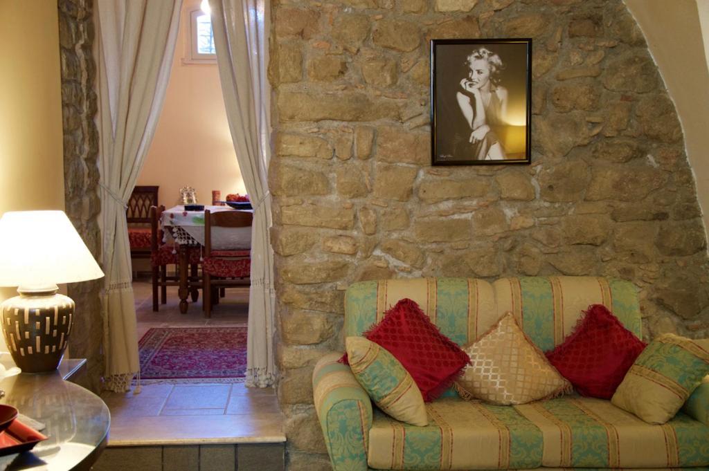 A seating area at Appartamento Antica Acropoli
