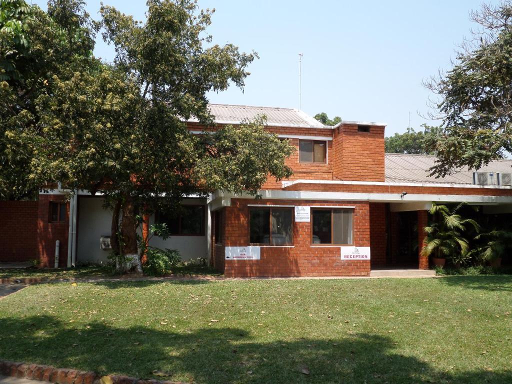 A garden outside City Lodge Lusaka